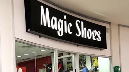 Metromall honduras magic shoes